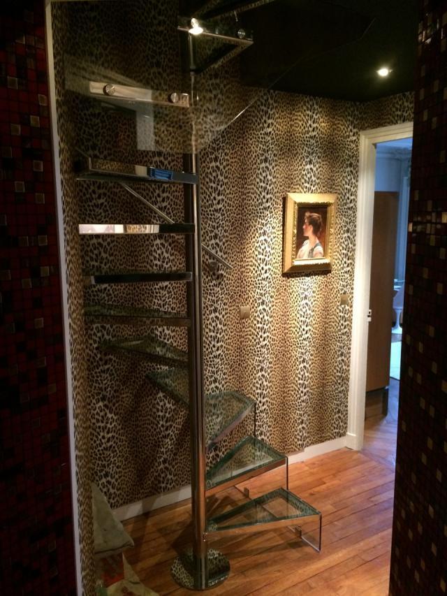 marche escalier de verre miroiterie st luc. Black Bedroom Furniture Sets. Home Design Ideas